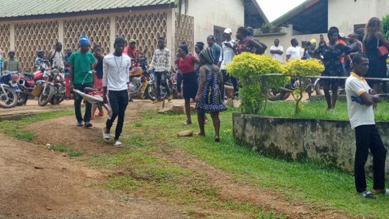"""الكاميرون: وفاة """"ستة 6"""" أطفال في هجوم على مدرسة"""