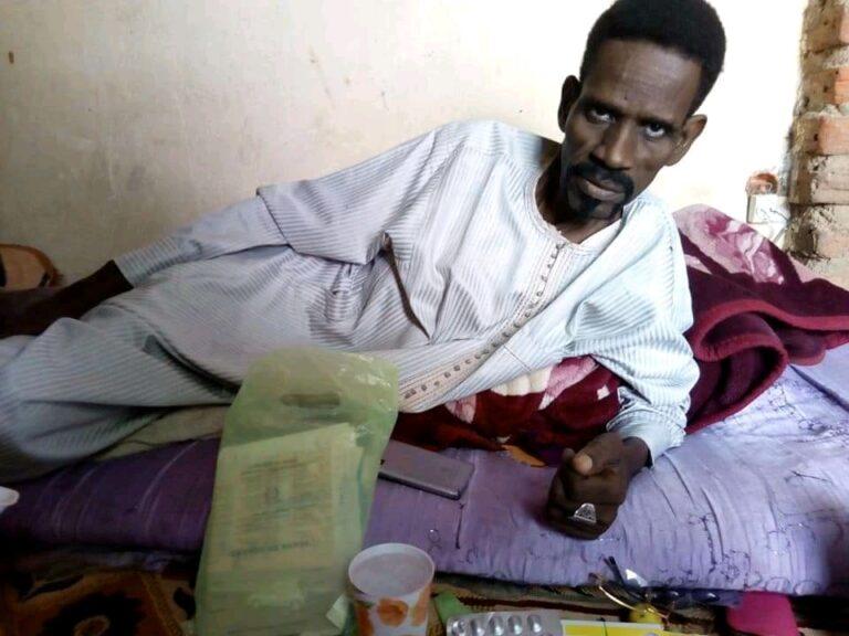 Culture: affaibli par la maladie, l'artiste Youssouf Hamit a besoin de soutien