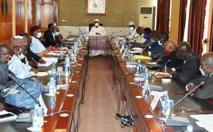 """Tchad: """"Nous avons tous les moyens de faire arrêter la grève aujourd'hui"""" , Kalzeubé Payimi Deubet"""