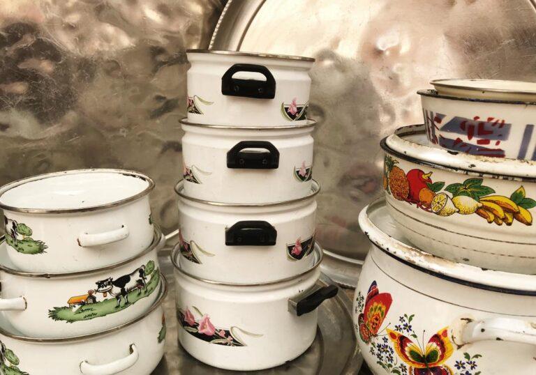 Société: les vendeuses des produits non alimentaires en difficulté