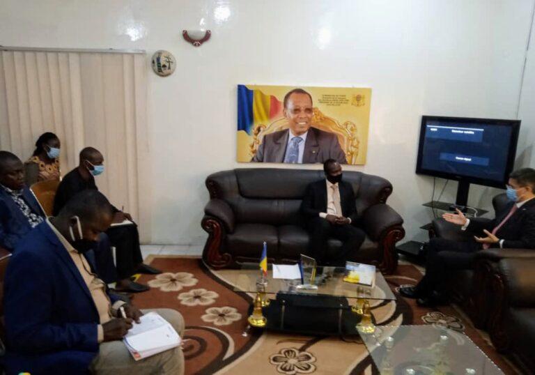 Tchad : le ministre de la Jeunesse et des Sports reçoit l'ambassadeur chinois