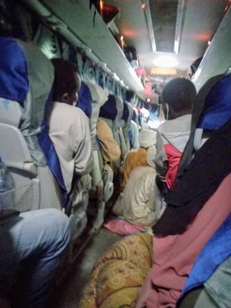 Covid-19 : les agences de voyage foulent au pied les mesures barrières