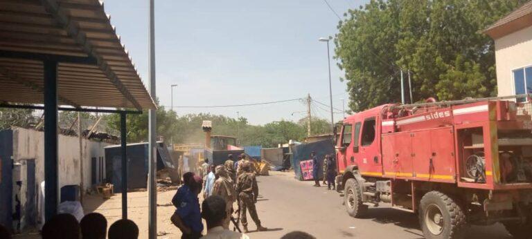 """Tchad : le marché noir de vente des téléphones """"Wall Street"""", est démoli"""