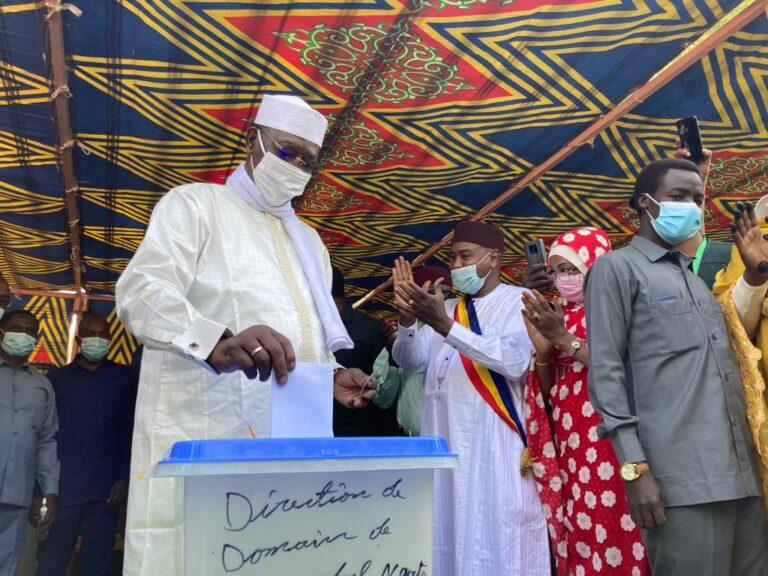 Présidentielle : « Les choses se passent dans le calme, dans la sérénité », Idriss Déby Itno
