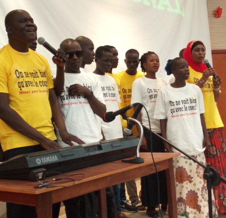 Culture : Yasmine Abdallah et Fangbo Gédéon, unis pour la scolarisation des aveugles