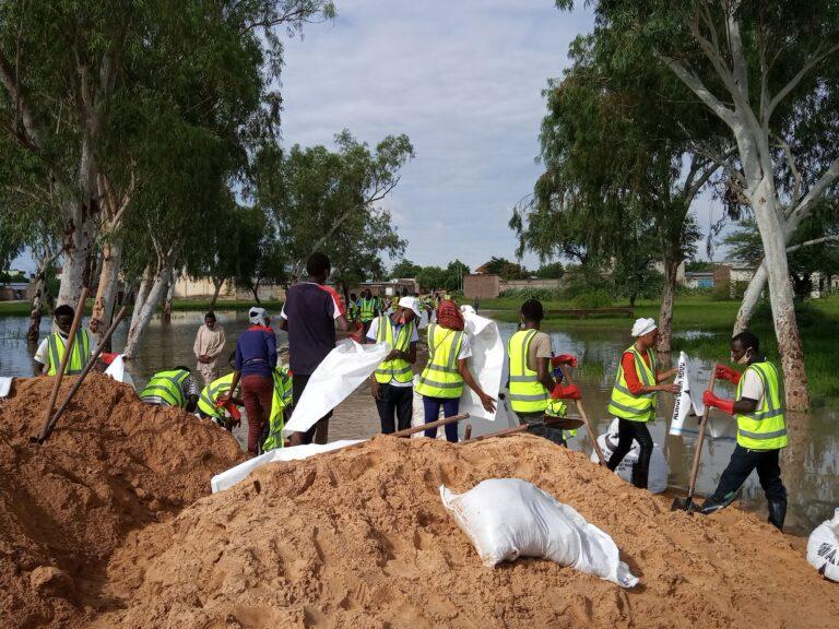 Tchad : le comité  des jeunes pour la riposte contre l'inondation poursuit ses travaux