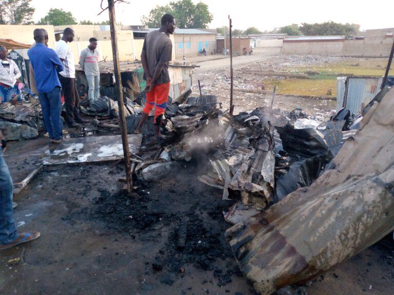 Fait divers: un incendie a consumé des motos et pièces détachées dans un atelier de mécanique à N'Djamena