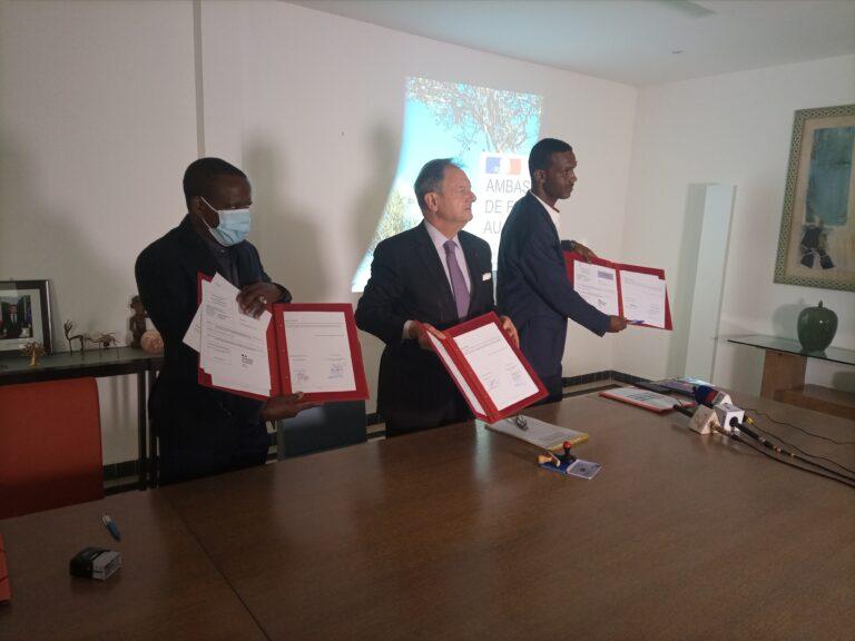 Tchad : l'ambassade de France appuie deux organisations dans la lutte contre la malnutrition