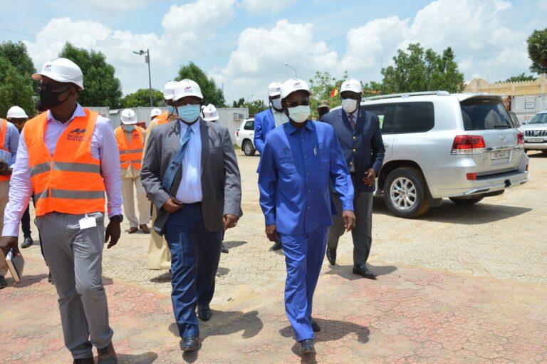 Tchad : le gouvernement ordonne aux entreprises de reprendre les chantiers inachevés