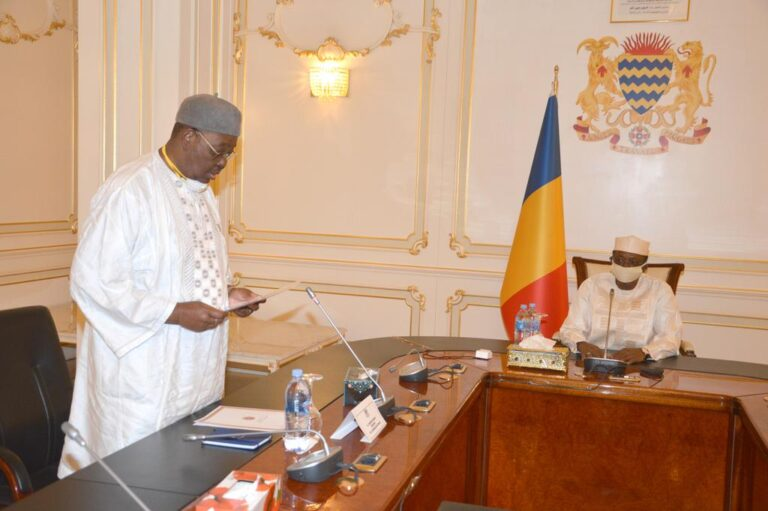 Tchad : Haroun Kabadi et les présidents des groupes parlementaires   reçus par Déby