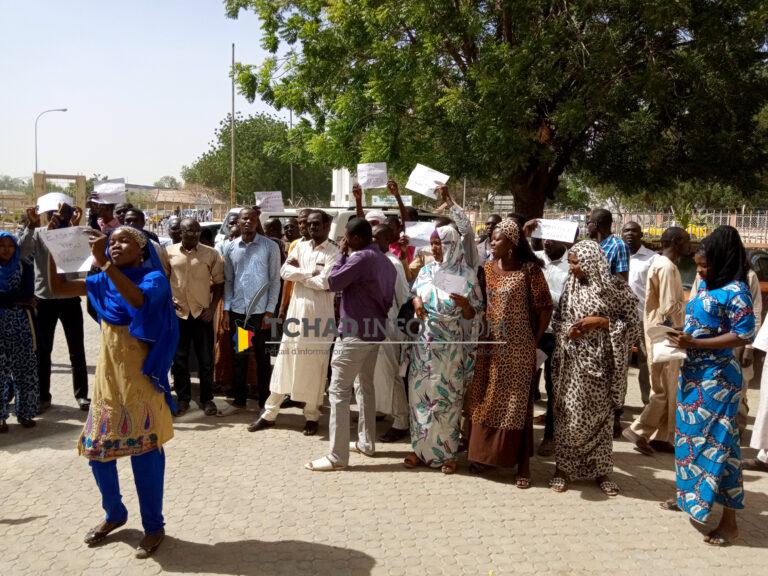 Vidéo. Mairie de N'Djamena : sit-in d'une cinquantaine des agents licenciés