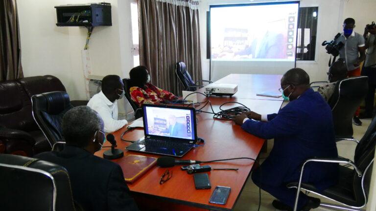 Coronavirus : l'Unesco forme des enseignants d'université sur les cours à distance
