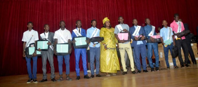 Tchad : 111 meilleurs bacheliers reçoivent le prix de l'excellence
