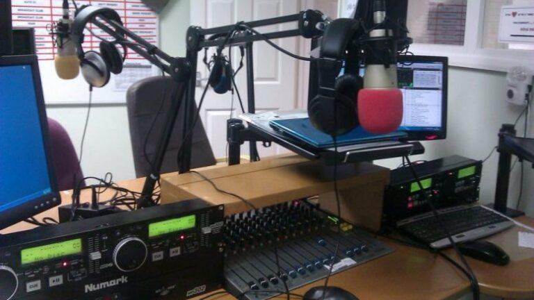 Tchad : le paiement des redevances dues à la HAMA par certaines radios suspendu