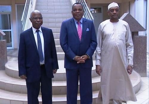 Tchad : Déby invité à la table de négociation sur la crise libyenne