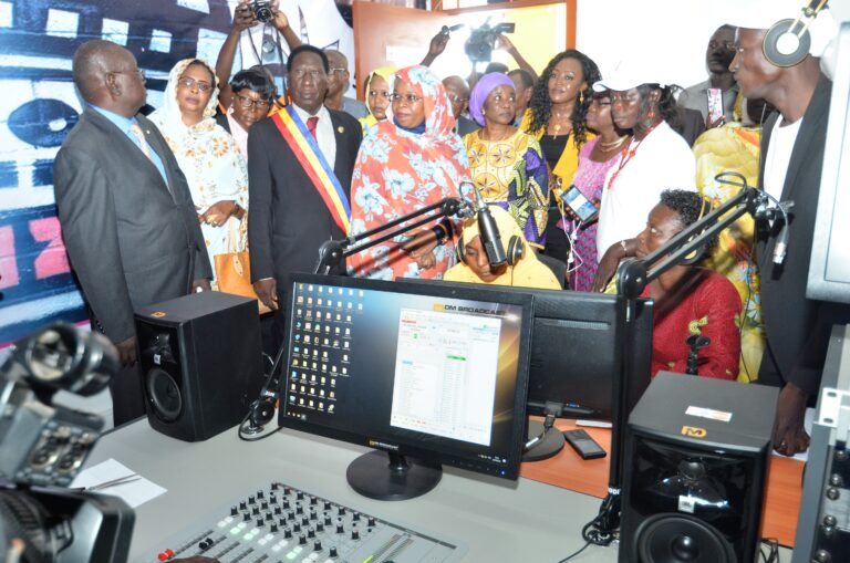 """Tchad : la radio """"La voix de la femme"""" ouvre ses portes"""