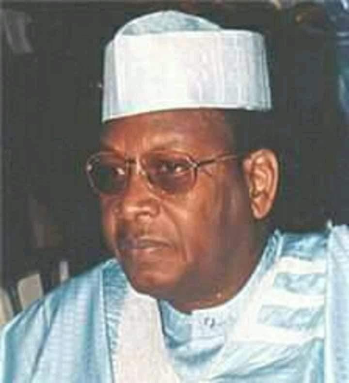 Tchad : les obsèques de l'ancien président Lol Mahamat Choua prévues pour demain à la Place de la nation