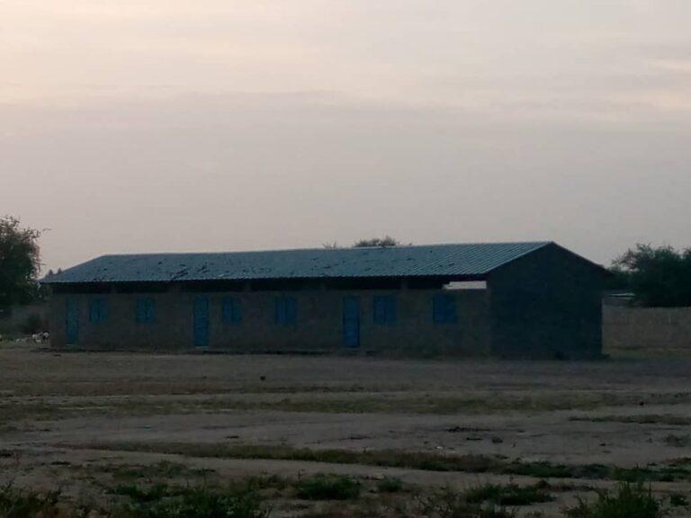 Tchad : une classe pour deux niveaux à l'école de Gaoui