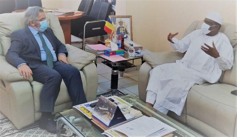 Tchad : le ministre Aboubakar  Assidick Tchoroma, reçoit  en  audience, le représentant de la Banque  mondiale