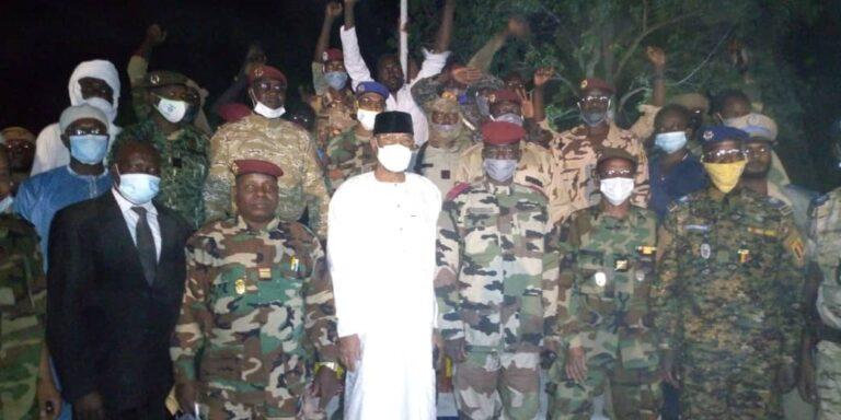 """قيرا: الإحتفال برأس السنة الميلادية الجديدة بمعسكر الجيش في """"منقو"""""""