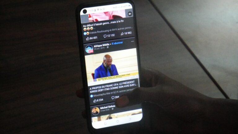 TIC/ Tchad : Le smartphone est devenu à la mode chez les jeunes  de nos jours