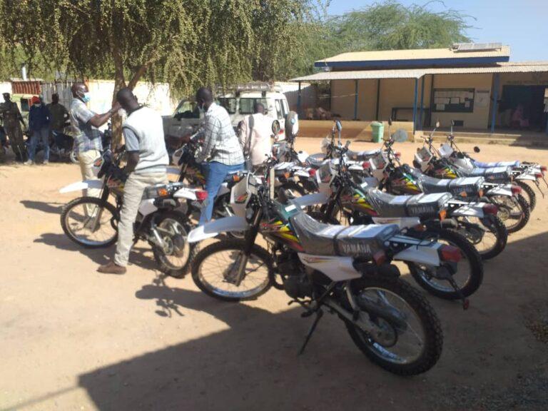 Tchad : Remise des motocycles à la délégation sanitaire du Guéra