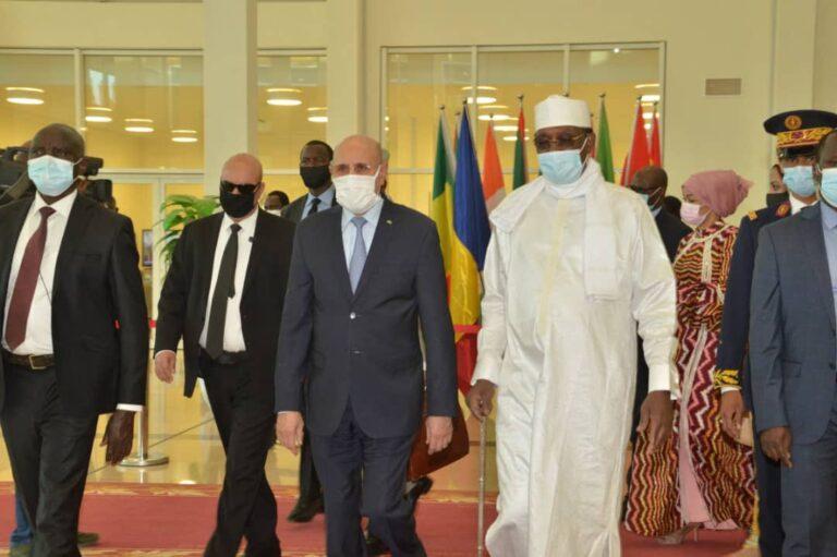 G5 Sahel: la conférence des chefs d'État s'ouvre à N'Djamena