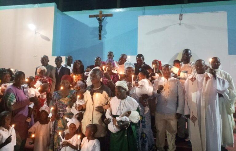 Noël : la fête de la nativité, une occasion pour baptiser les enfants
