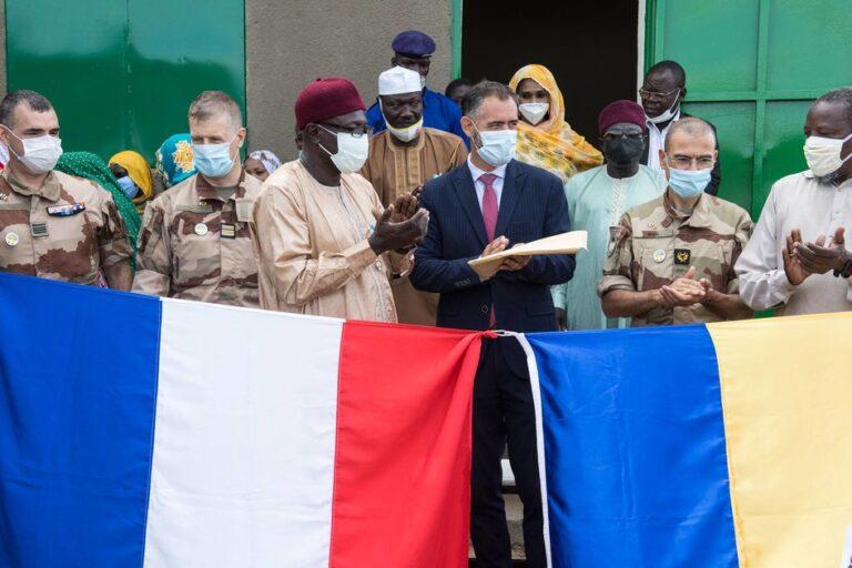 Tchad/France : Inauguration de l'école Hamral-Goz, à N'Djamena par la force Barkhane
