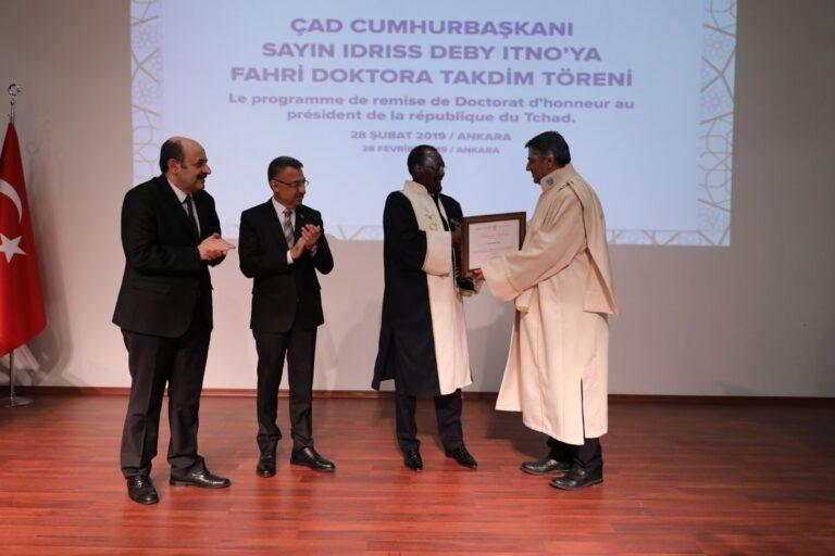 L'université turque Karabük décerne à Déby le titre de docteur honoris causa