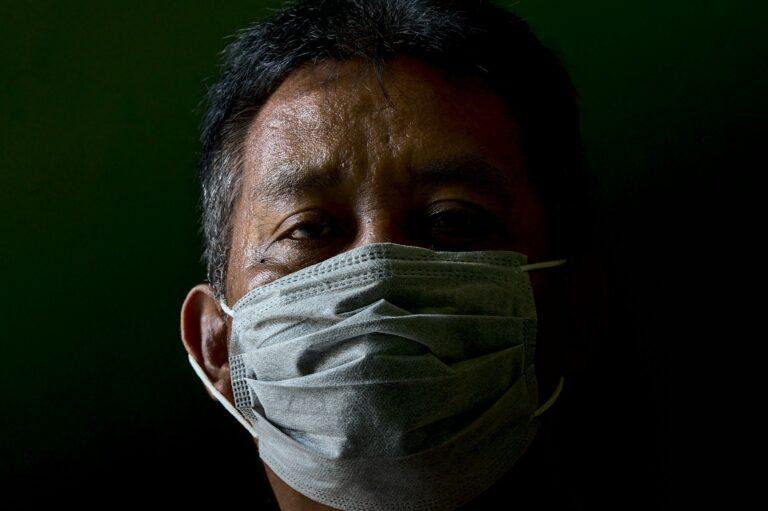 Coronavirus : Y-a-t-il un risque d'utiliser un masque périmé ?