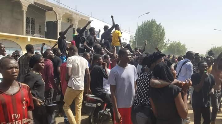 Affaire Mbaiguedem Richard : des jeunes de Moursal envahissent les rues du quartier