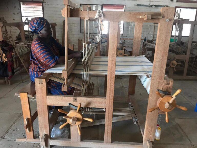 Tchad : La Coopérative de tissage manuel féminin en difficulté