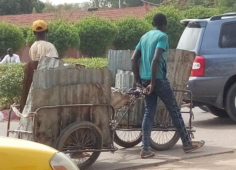Tchad : à partir des ordures, ils tirent leur subsistance