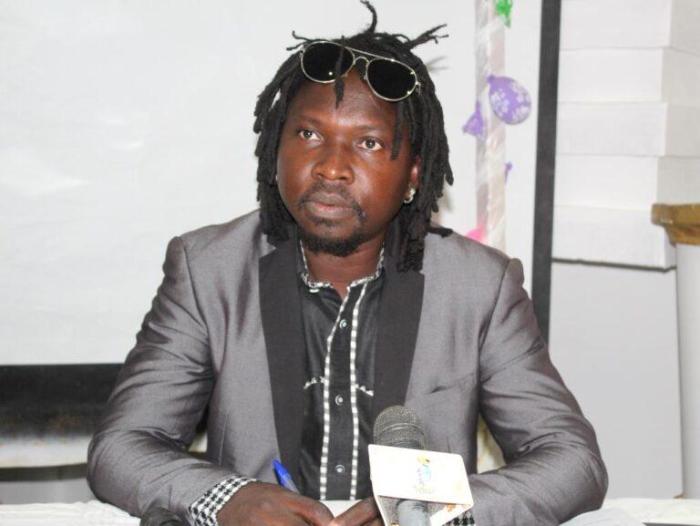 Tchad : de retour de Paris, le styliste Deoutol Narcisse présente son rapport d'activités
