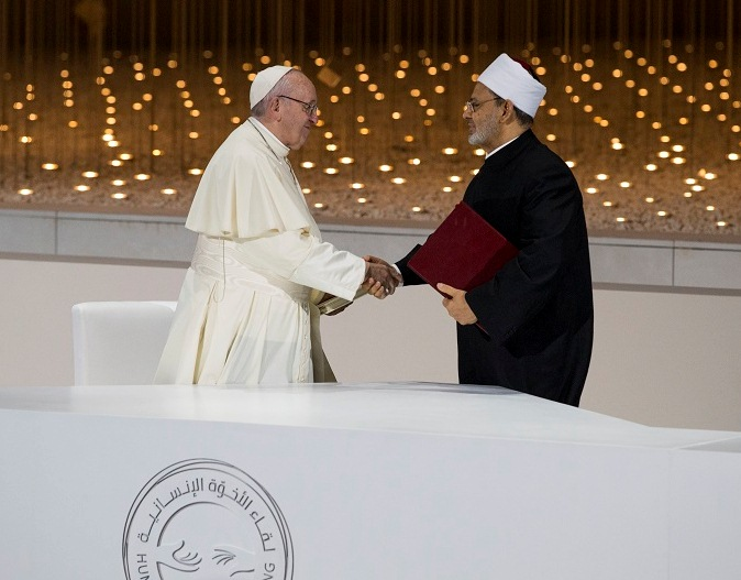 Moyen-Orient : un accord historique signé par le pape François et le grand imam Dr Ahmed At Tayyeb