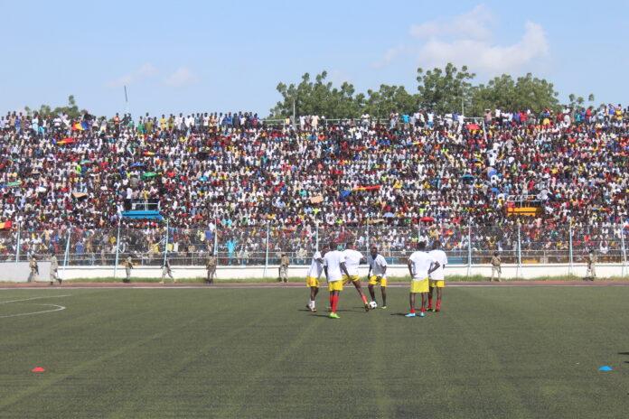 Sport: le stade Idriss Mahamat Ouya se chauffe à quelques minutes du coup d'envoi