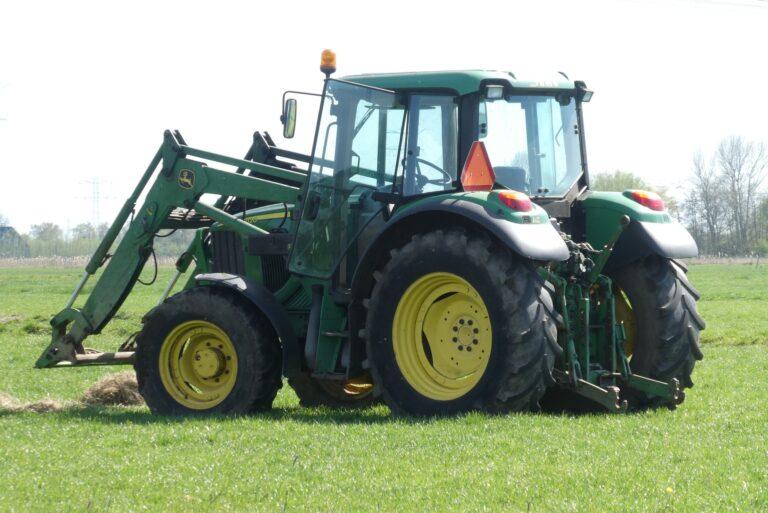 Tchad: rétrocession des tracteurs aux agriculteurs sur fonds de soupçons
