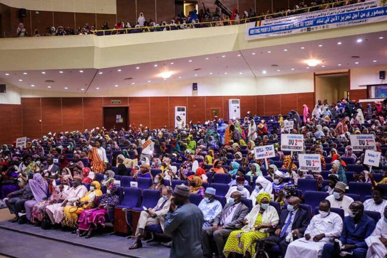 Tchad : des organisations  féminines promeuvent la paix  lors d'un meeting