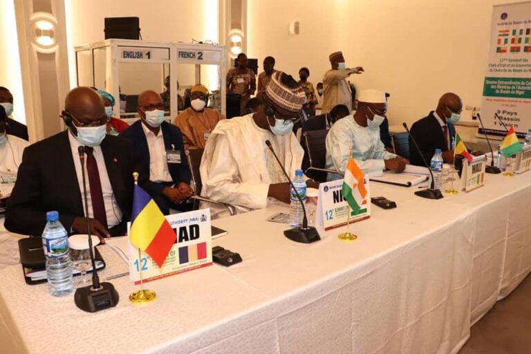 Le ministre de l'Hydraulique Urbaine, Alio Abdoulaye Brahim participe à la Session Extraordinaire du Conseil des Ministres des pays membres de l'ABN à Abuja