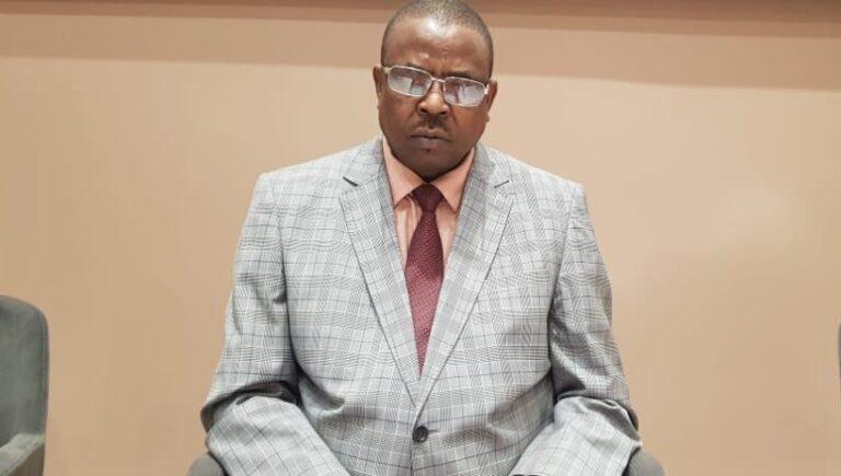Tchad : révoqué de la CNDH, Djida Oumar Mahamat gagne une première bataille à la Cour suprême