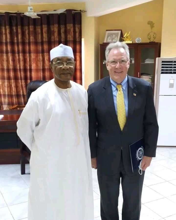 Tchad : le respect des droits de l'homme au cœur d'un échange entre le ministre de la Justice et le chargé d'affaires de l'ambassade des États-Unis