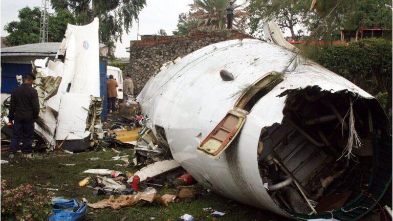 Trois morts dans un crash d'avion dans l'est de la RDC