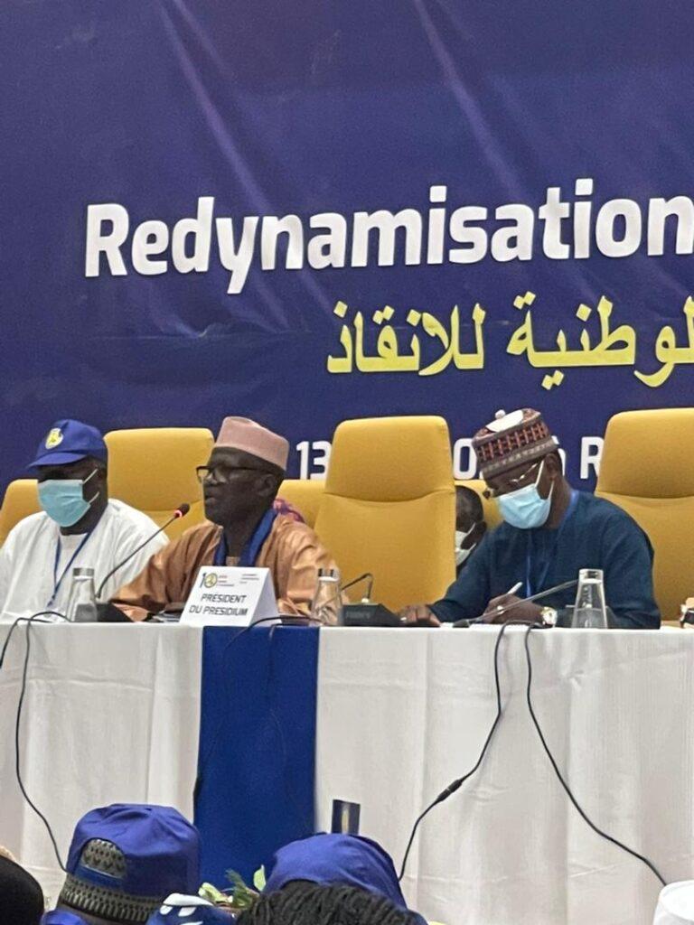 10e congrès du MPS : le présidium dirigé par Moussa Kadam