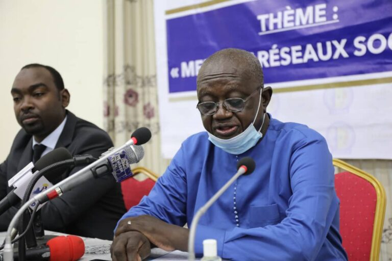Tchad: les médias, les réseaux sociaux et les fake news au centre d'une rencontre