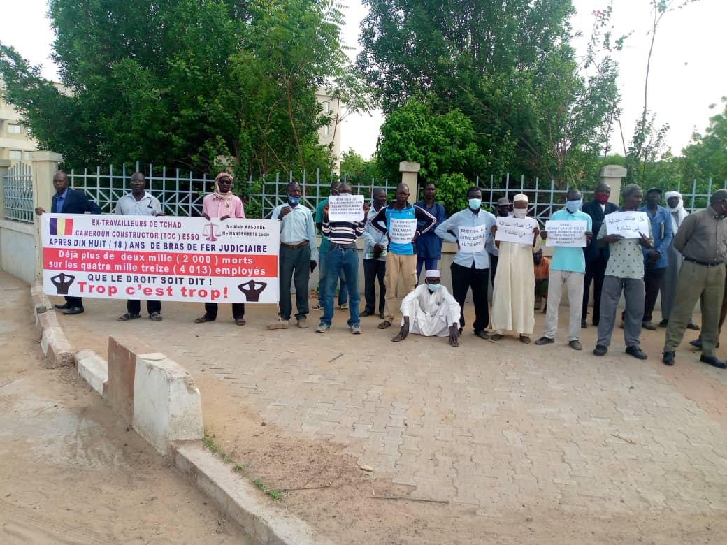 Tchad : « Esso ! Devant la justice de Dieu, verse nous nos droits »,  scandent les ex-travailleurs de cette firme