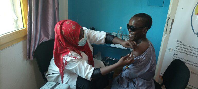 Tchad : trois structures des jeunes font vacciner leurs membres contre la Covid-19