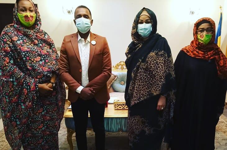 Tchad : le «Young Ambassador» Adam Ismaël reçu par la Première dame