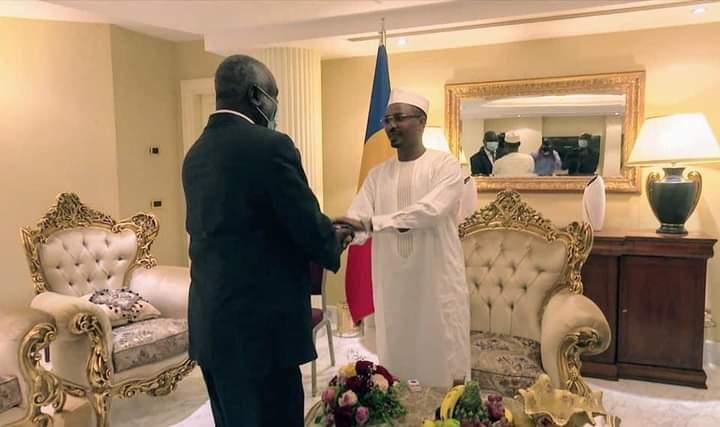 رئيس المجلس العسكري الإنتقالي التشادي يلتقي بوزير المالية السوداني